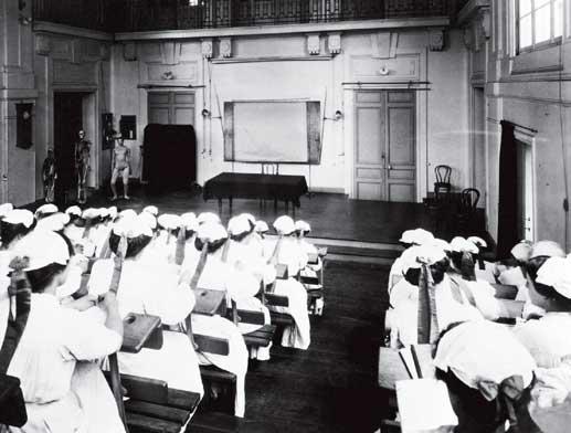 Ecole d&aposinfirmières 1910